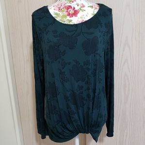 French tuck long sleeved tee.  Size L